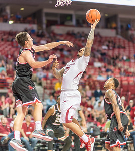 Arkansas Razorbacks guard Anton Beard (31) drives to the basket during a basketball game between Arkansas and Central Missouri on Friday, October 28, 2016.  (Alan Jamison, Nate Allen Sports Service)