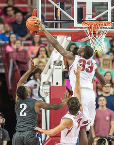 Arkansas Razorbacks forward Moses Kingsley (33) blocks a shot during a basketball game between Arkansas and Fort Wayne on Friday, November 11, 2016.  (Alan Jamison, Nate Allen Sports Service)