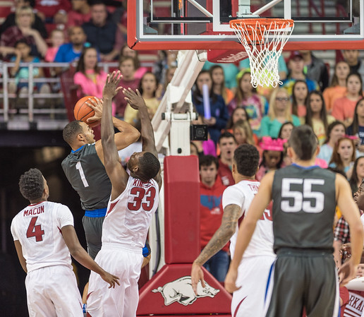 Arkansas Razorbacks forward Moses Kingsley (33) defends during a basketball game between Arkansas and Fort Wayne on Friday, November 11, 2016.  (Alan Jamison, Nate Allen Sports Service)