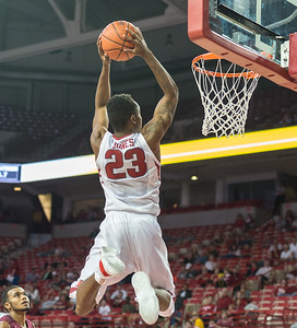 Arkansas Razorbacks guard C.J. Jones (23) shoots during a basketball game between Arkansas and Southern Illinois University on Monday, November 14, 2016.  (Alan Jamison, Nate Allen Sports Service)