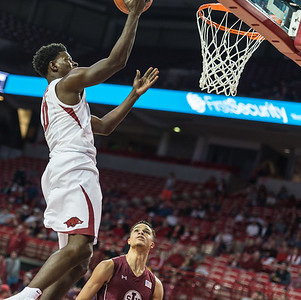 Arkansas Razorbacks guard Jaylen Barford (0) shoots during a basketball game between Arkansas and Southern Illinois University on Monday, November 14, 2016.  (Alan Jamison, Nate Allen Sports Service)