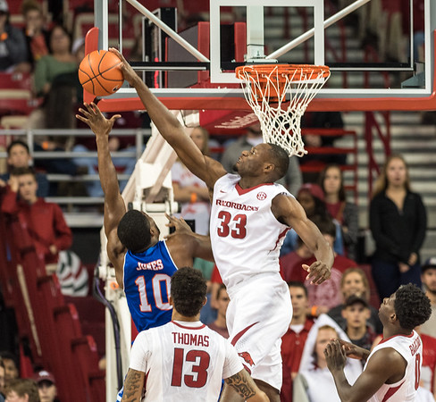 Moses Kingsley blockks during a basketball game between Arkansas and UT Arlington on Friday, November 18, 2016.  (Alan Jamison, Nate Allen Sports Service)