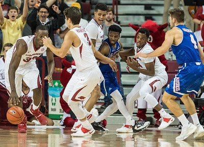 Moses Kinglsey with the ball after teammates force a turnover during a basketball game between Arkansas and UT Arlington on Friday, November 18, 2016.  (Alan Jamison, Nate Allen Sports Service)