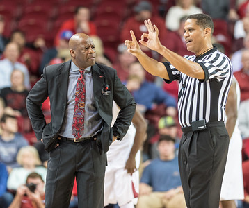 Arkansas head coach Mike Anderson reacts to a foul call during a basketball game between Arkansas and Mount St. Mary's on Monday, November 28, 2016.  (Alan Jamison, Nate Allen Sports Service)