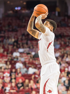 Arkansas Razorbacks guard Anton Beard (31) shoots  during a basketball game between Arkansas and Mississippi State on Tuesday, January 10, 2017.  (Alan Jamison, Nate Allen Sports Service)