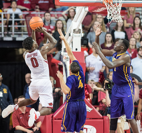 Arkansas Razorbacks guard Jaylen Barford (0) shoots during a basketball game between Arkansas and LSU on Saturday, January 21, 2017.  (Alan Jamison, Nate Allen Sports Service)