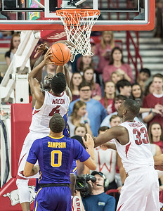 Arkansas Razorbacks guard Daryl Macon (4) goes up for two during a basketball game between Arkansas and LSU on Saturday, January 21, 2017.  (Alan Jamison, Nate Allen Sports Service)