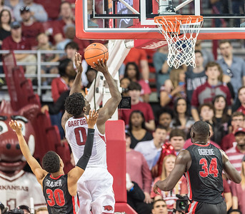 Arkansas Razorbacks guard Jaylen Barford (0) shoots during a basketball game between Arkansas and Georgia on Saturday, 3/4/2017.  (Alan Jamison, Nate Allen Sports Service)