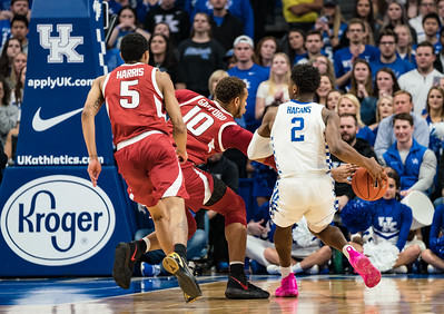 Arkansas Razorbacks forward Daniel Gafford (10) knocks the ball away from Kentucky Wildcats guard Ashton Hagans (2) during a basketball game between the Arkansas Razorbacks and the Kentucky Wildcats on Tuesday, January 26, 2019, at Rupp Arena.  (Alan Jamison, Nate Allen Sports Service)