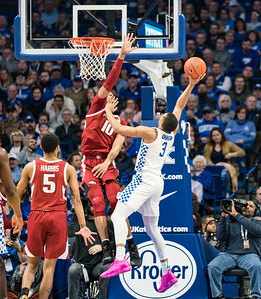 Arkansas Razorbacks forward Daniel Gafford (10) defends against Kentucky Wildcats guard Keldon Johnson (3)  during a basketball game between the Arkansas Razorbacks and the Kentucky Wildcats on Tuesday, January 26, 2019, at Rupp Arena.  (Alan Jamison, Nate Allen Sports Service)