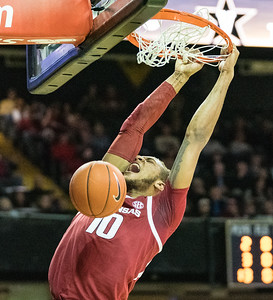 Arkansas Razorbacks forward Daniel Gafford (10) with a stuff during a basketball game between the Arkansas Razorbacks and the Vanderbilt Commodores on Wednesday, March 6, 2019, at Memorial Gymnasium.  (Alan Jamison, Nate Allen Sports Service)