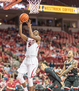 Arkansas Razorbacks forward Arlando Cook (5) shoots  during a basketball game between Arkansas and Central Missouri on Friday, October 28, 2016.  (Alan Jamison, Nate Allen Sports Service)