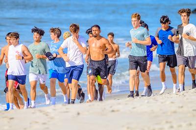 20210904-Elizabette Cohen surfing Long Beach 9-4-21Z62_5116