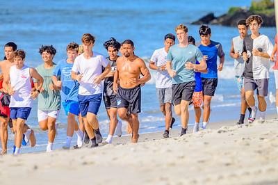 20210904-Elizabette Cohen surfing Long Beach 9-4-21Z62_5112