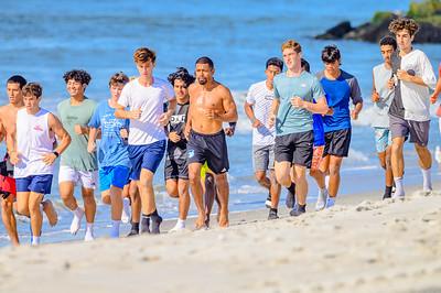 20210904-Elizabette Cohen surfing Long Beach 9-4-21Z62_5113