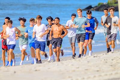 20210904-Elizabette Cohen surfing Long Beach 9-4-21Z62_5111
