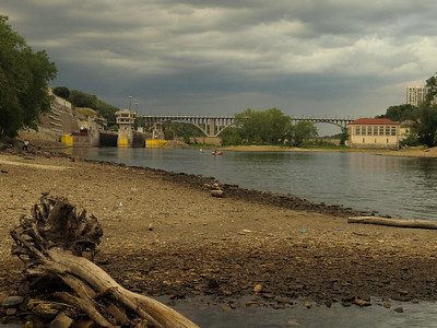 We reached the halfway point and enjoyed the scenic vista of locks and Ford hydro dam.  Water levels are very low.
