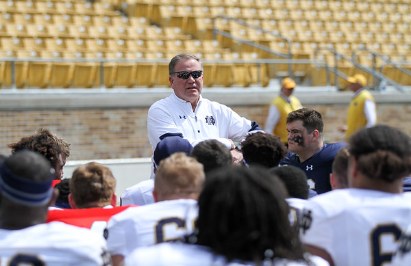CHAD WEAVER   THE GOSHEN NEWS<br /> Notre Dame head coach Brian Kelly addresses the team after Saturday's Blue-Gold game at Notre Dame Stadium.