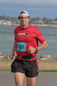 2011 Bellingham Bay Marathon - running into some stiff headwinds
