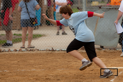 Kickin_Cancer_Kickball_-104