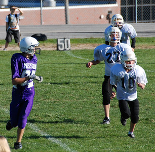 Jeremy Cassiday and three Papillion receivers wait for the ball.