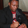 Barry Sanders signs for fans. Photo credit: Kerry Hotel Pudong.