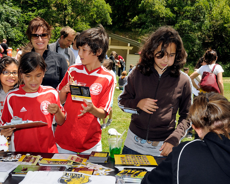 Montclair Soccer Club's 40th Anniversary Celebration and Shepherd Canyon Parking Lot Dedication Saturday, June 13, 2009