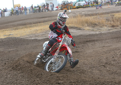 bridgeport's Taran Draper takes the curve in the Open Non-Pro class at Alliance Motocross on Sunday.