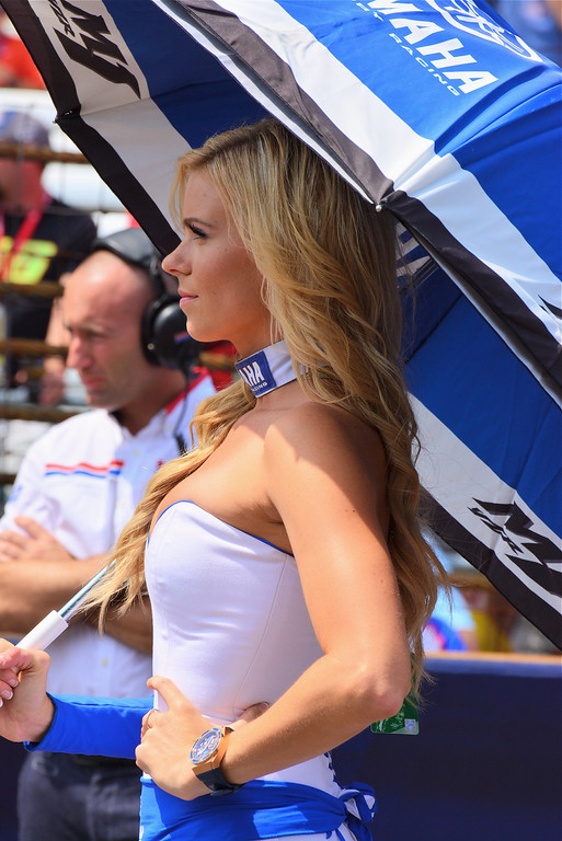 MotoGP Umbrella Girl Yamaha Racing Indy RedBull GP