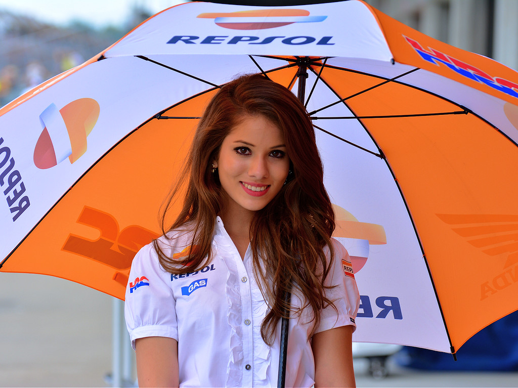 Cute HRC Repsol MotoGP Umbrella Girl RedBull Indy GP