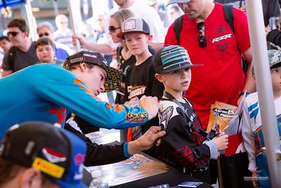 20150131-Anaheim-Supercross-pit-118