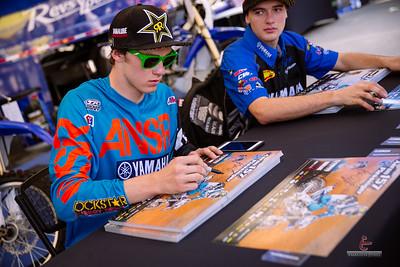20150131-Anaheim-Supercross-pit-108