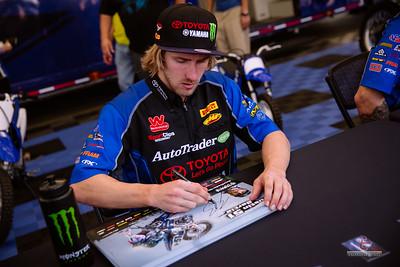 20150131-Anaheim-Supercross-pit-110
