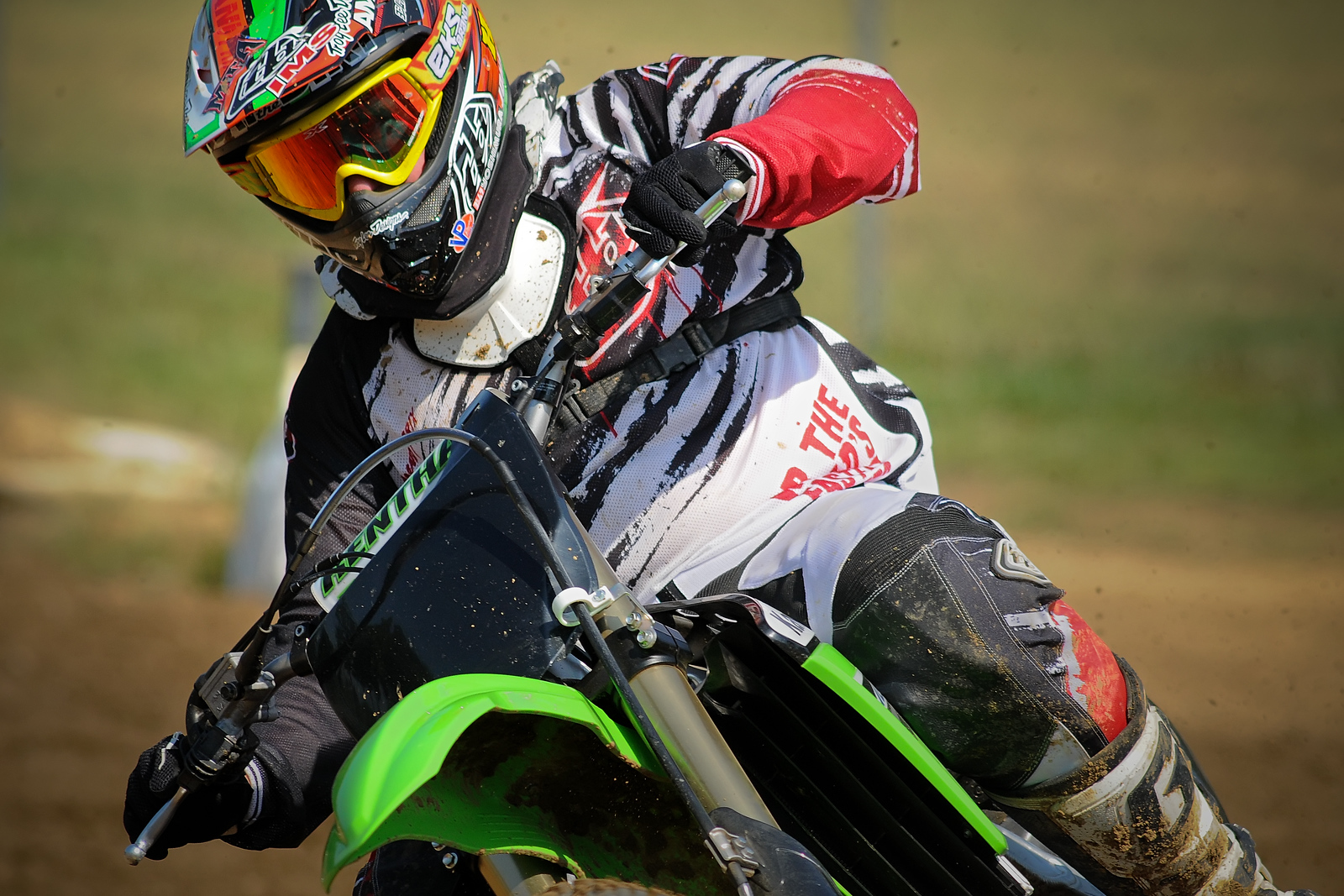 June 24th,  Glenn found some info that they had the debut of the 2011 Kawasaki 250F at Budds......So I decided that was worth taking a little vacation day and spending it at the track.  Pretty cool to see how the magazines and all shoot these debuts!