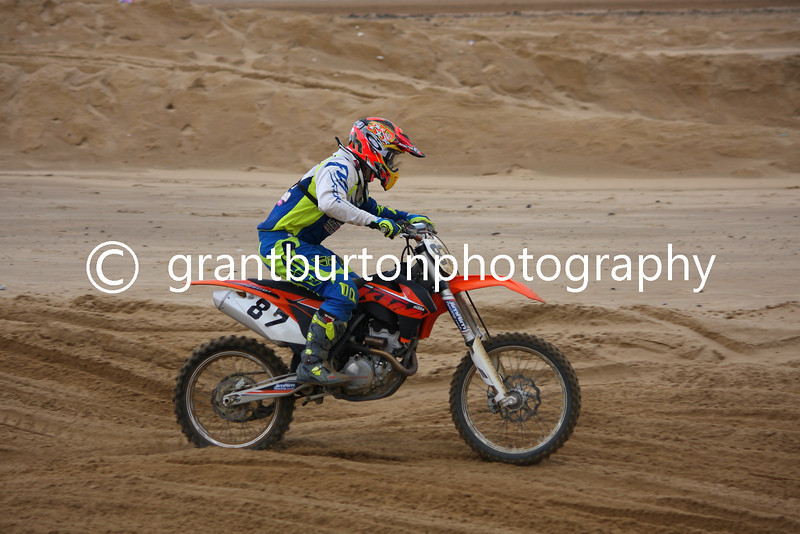 QRA Margate Beach Cross 2013 001