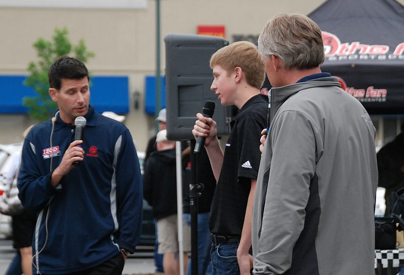 Racer @TheDillonWelch (son of ABC/ESPN's @VinceWelch) makes a repeat appearance at the Burger Bash. Hmmm...taller this year. :)