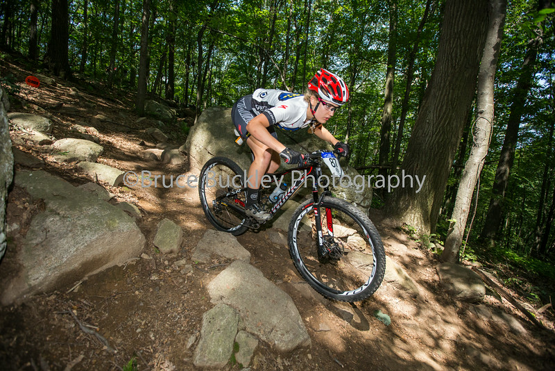 Kelsey Urban on her way to a silver medal in the Women's Junior 15-18 race.