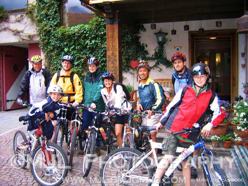 The Sunday morning ride around the Plan See with: Dave, Sean, Katy, Silvia, Luke, Chris, Cody and James.  Yes, it poured down rain, but we did have some fun while covering 46km around beautiful Austria.