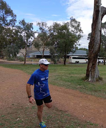 3 Apr 2017 Mt Ainslie Run Up