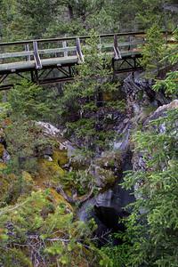 The safe bridge over the Natural Bridge.