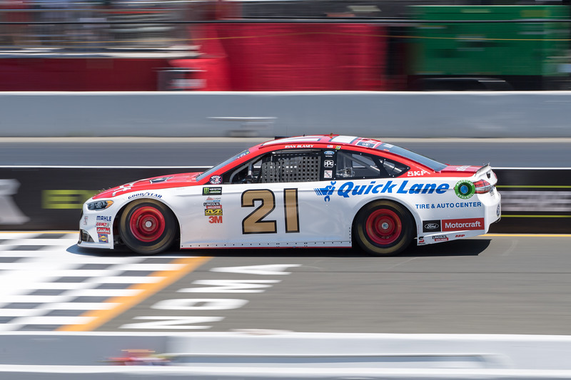 #21 Ryan Blaney at 2017 Toyota/Save Mart 350 Qualifying