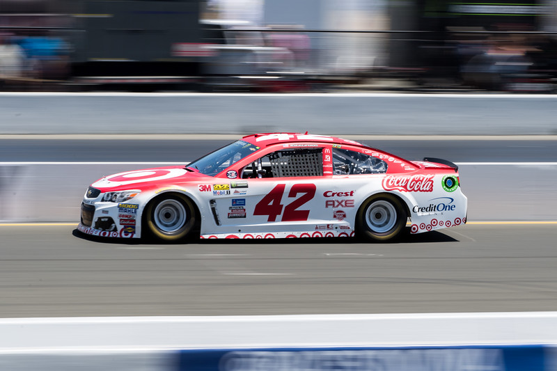 #42 Kyle Larson at 2017 Toyota/Save Mart 350 Qualifying