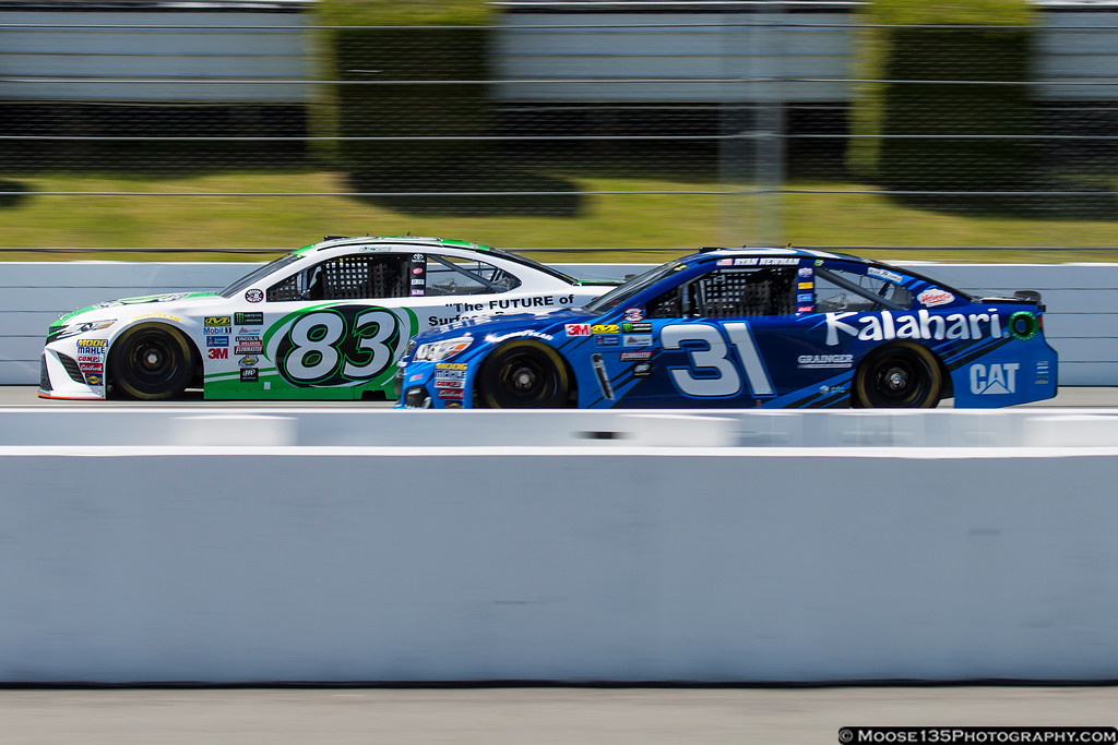 IMAGE: https://photos.smugmug.com/Sports/NASCAR/Pocono-June-2017/i-8RwCNTz/0/835c7ad6/XL/JM_2017_06_09_Pocono_NASCAR_Cup_Series_007-XL.jpg