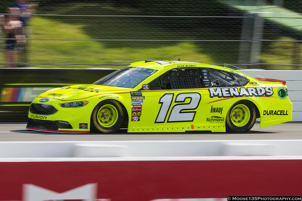 IMAGE: https://photos.smugmug.com/Sports/NASCAR/Pocono-June-2018/i-HcVjrjz/0/c4c91376/XL/JM_2018_06_01_Pocono_Cup_Series_026-XL.jpg