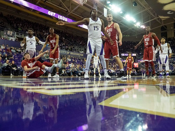 COLLEGE BASKETBALL: JAN 05 Washington State at Washington