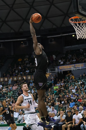 Washington Huskies forward Isaiah Stewart (33) dunks on Hawaii at the Stan Sheriff Center in Honolulu, Hawaii on December 23, 2019. Stewart, a 6-9 freshman from Rochester, New York, prepped at La Lumiere where he was the 2019 Naismith High School National Player of the Year and a McDonald's All-American. He was ranked as the number 2 prep player in the country and is projected to be an NBA lottery pick in 2020.