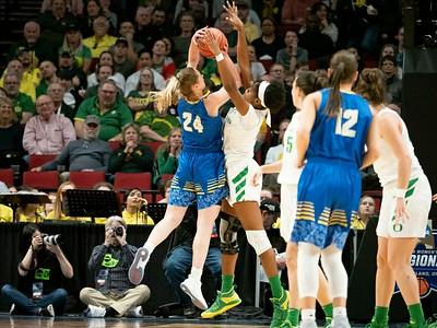 NCAA BASKETBALL: MAR 29 Div I Women's Championship - Third Round - South Dakota State v Oregon