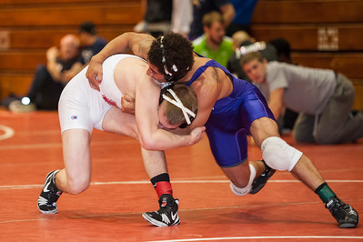 Nov 11, 2014. San Francisco State wrestling at  Forest Grove, Or., the Mike Clock Open