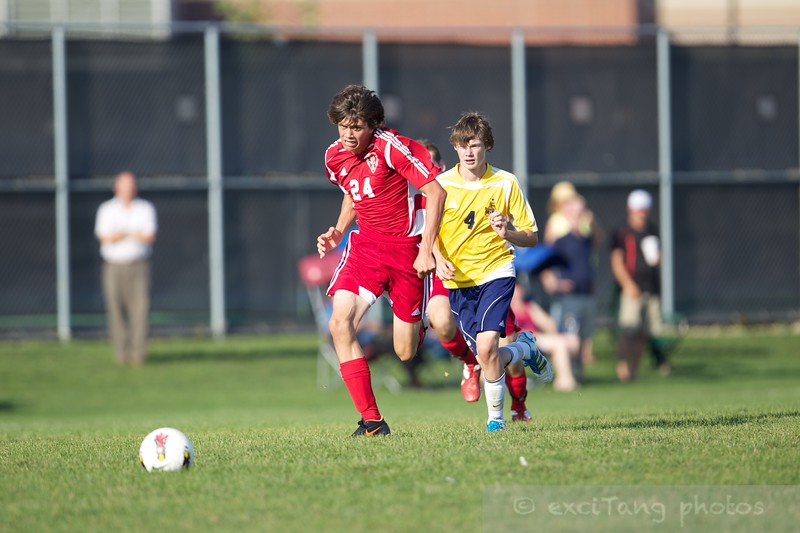 083012 NCHS vs Neuqua  0304