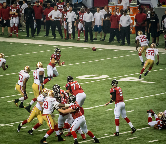Tony Gonzalez, wide open!